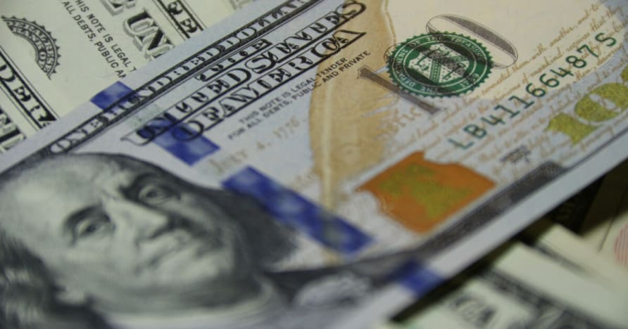 Pemain Menang Lebih $ 720,000 Dengan Hanya 3 Blackjack Hands