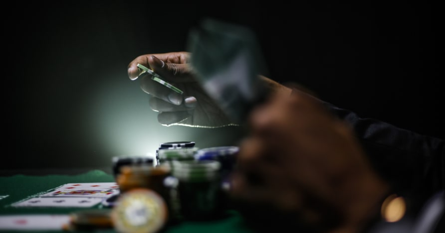 Panduan untuk Memaksimumkan Edge unggul Anda Semasa Bermain Poker